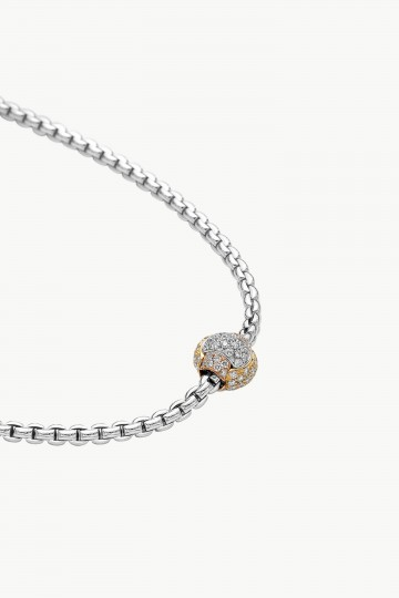 Necklace with diamond pave'